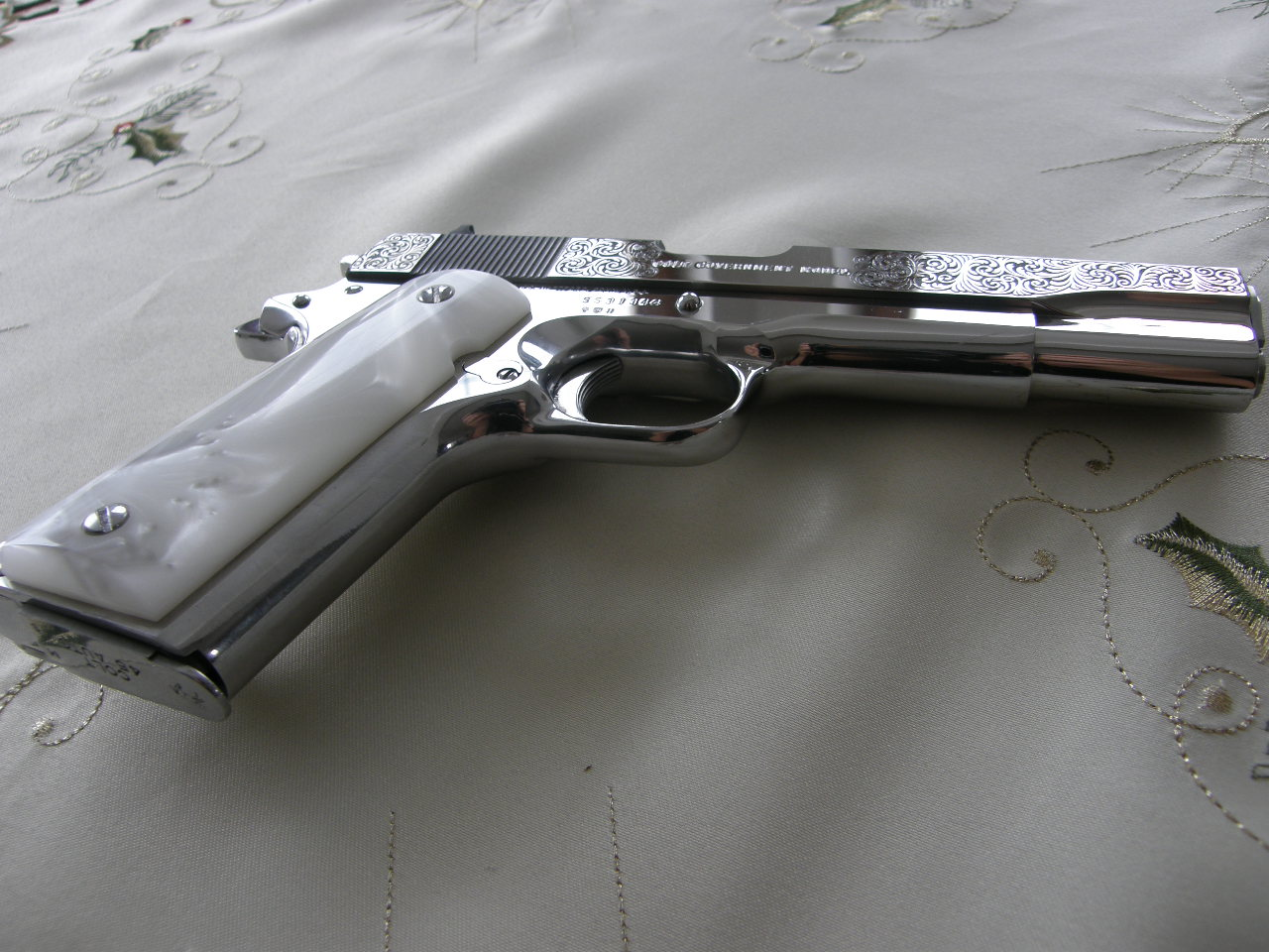 Colt Government MK 4 Series 80 Chrom