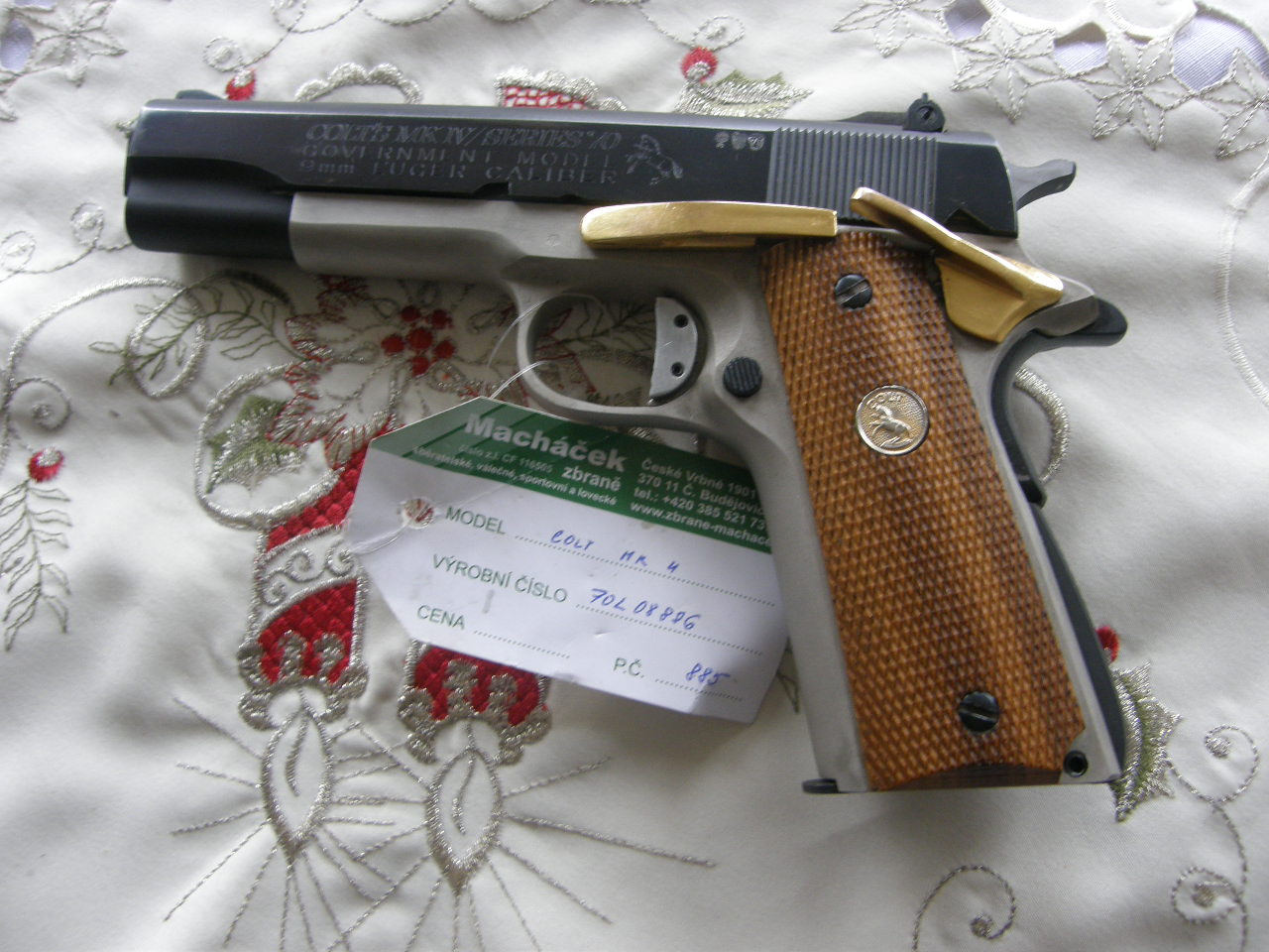 Pistole Colt Government Mk 4 mod. 70 v.č.70L08886 r. 9mm Luger