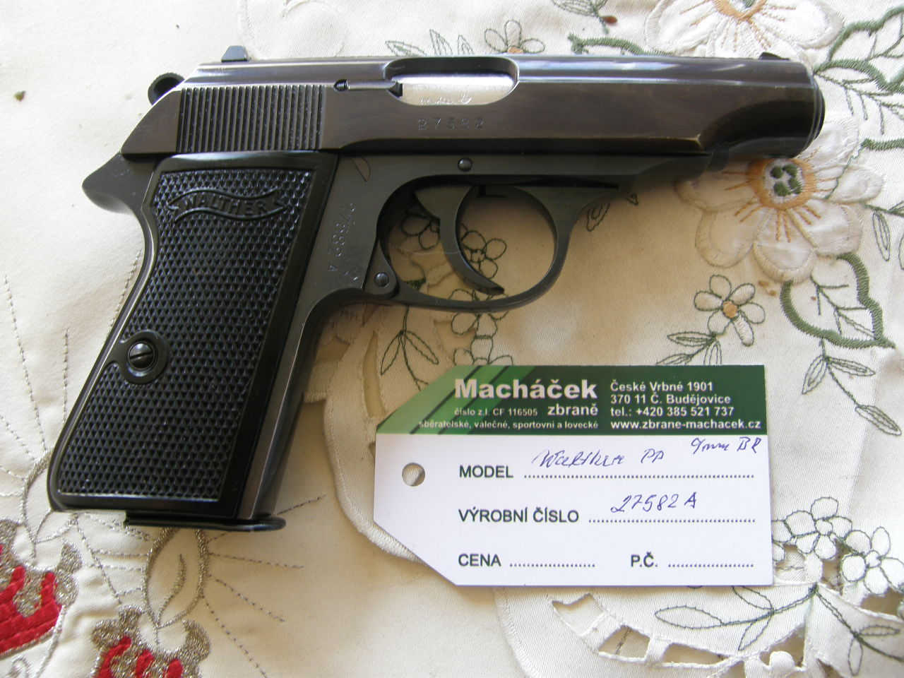 Pistole Walther PP v.č. 27582A r. 9 mm Br.