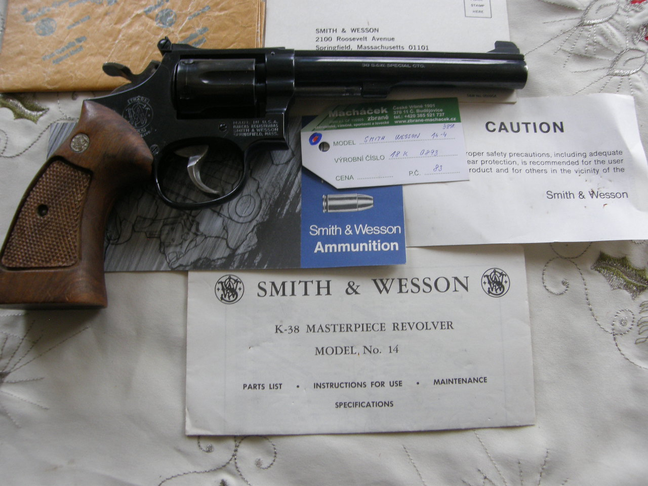 Revolver Smith Wesson Mod. 14 v.č.18K 0893 r. 38 Sp.