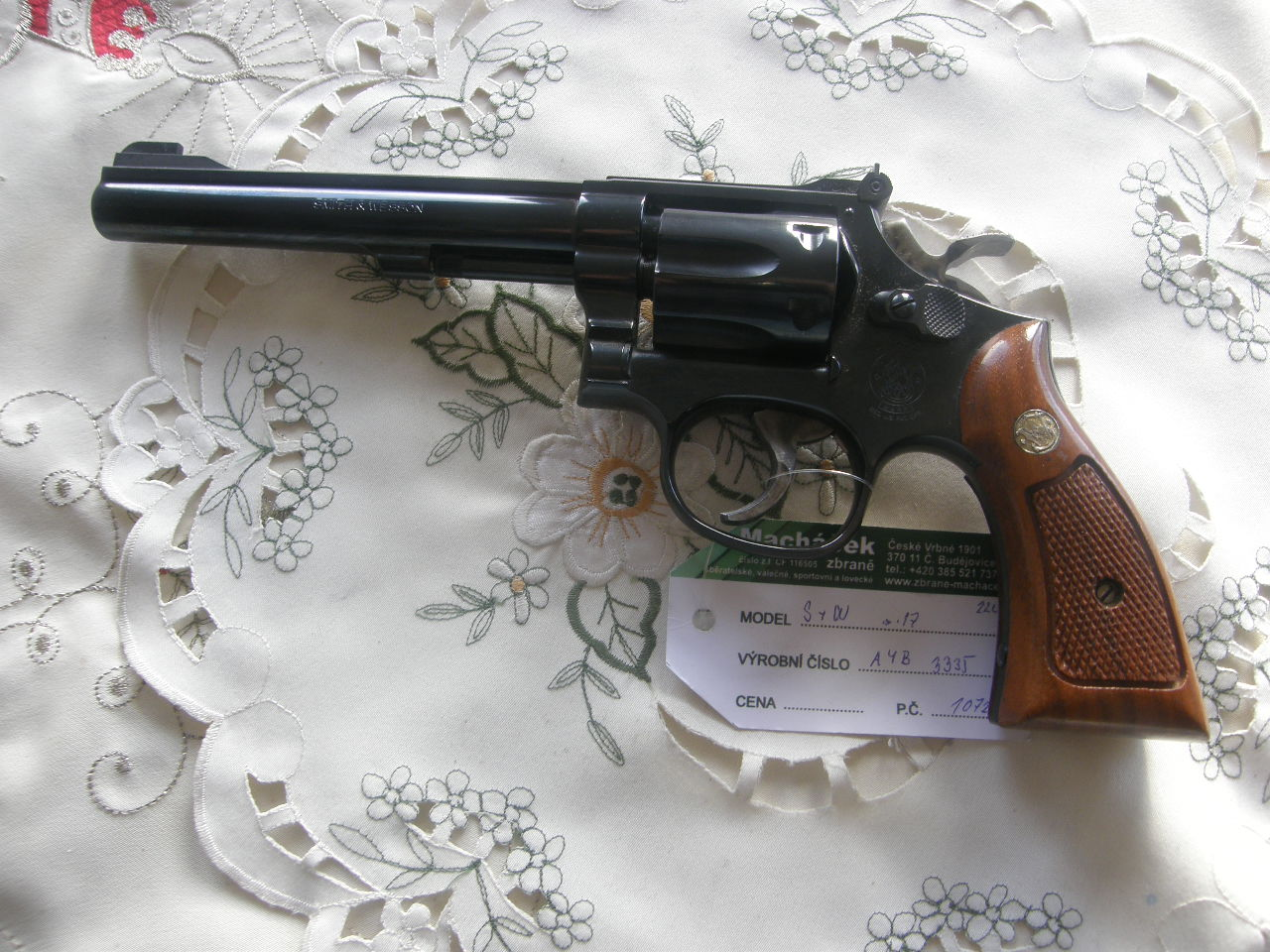 Revolver Smith Wesson Mod. 17 v.č.AYB3335 r. 22 Lr.