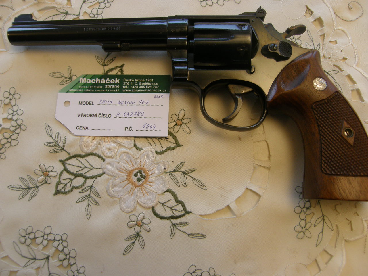 Revolver Smith Wesson Mod. 17 v.č. K 532180 r. 22 Lr.