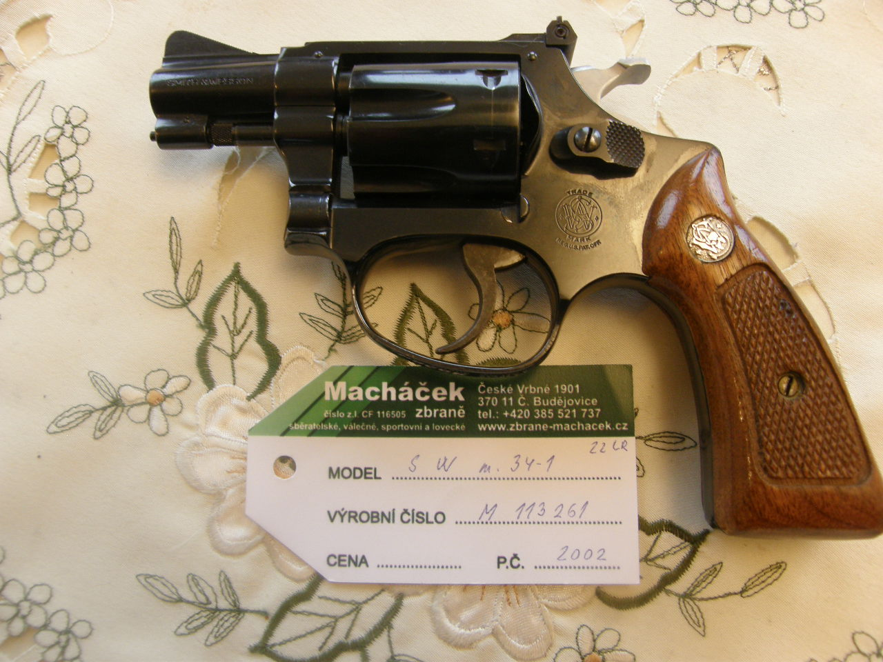 Revolver Smith Wesson Mod.34 v.č.M113261 r. 22 Lr
