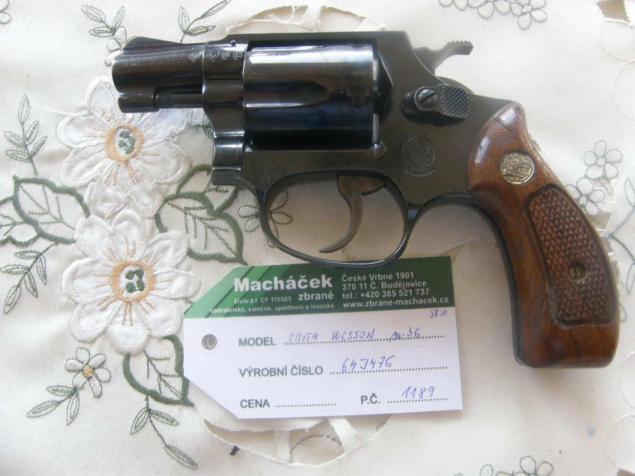 Revolver Smith Wesson Mod. 36 v.č. 64J476-3 r. 38 Sp.