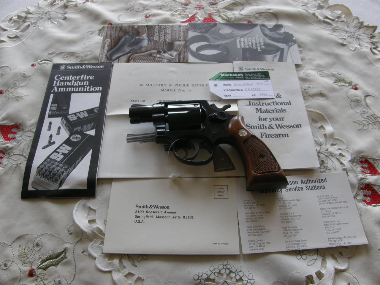 Revolver Smith Wesson Mod.10-7 v.č.8D75009 r.38 SP.
