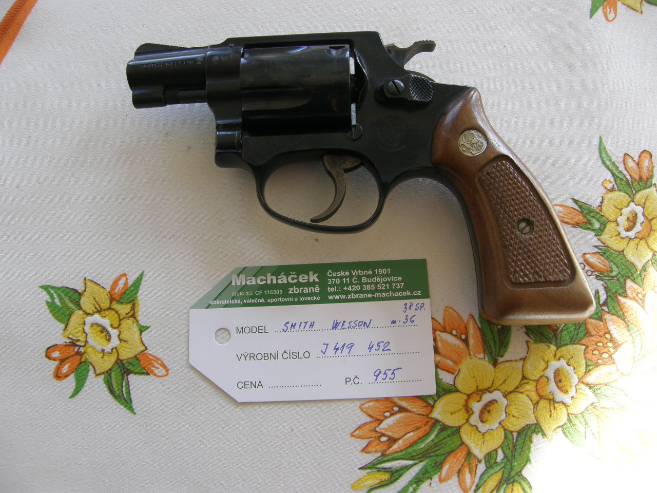 Revolver Smith Wesson Mod. 36 v.č.J 419452 r. 38 Sp.