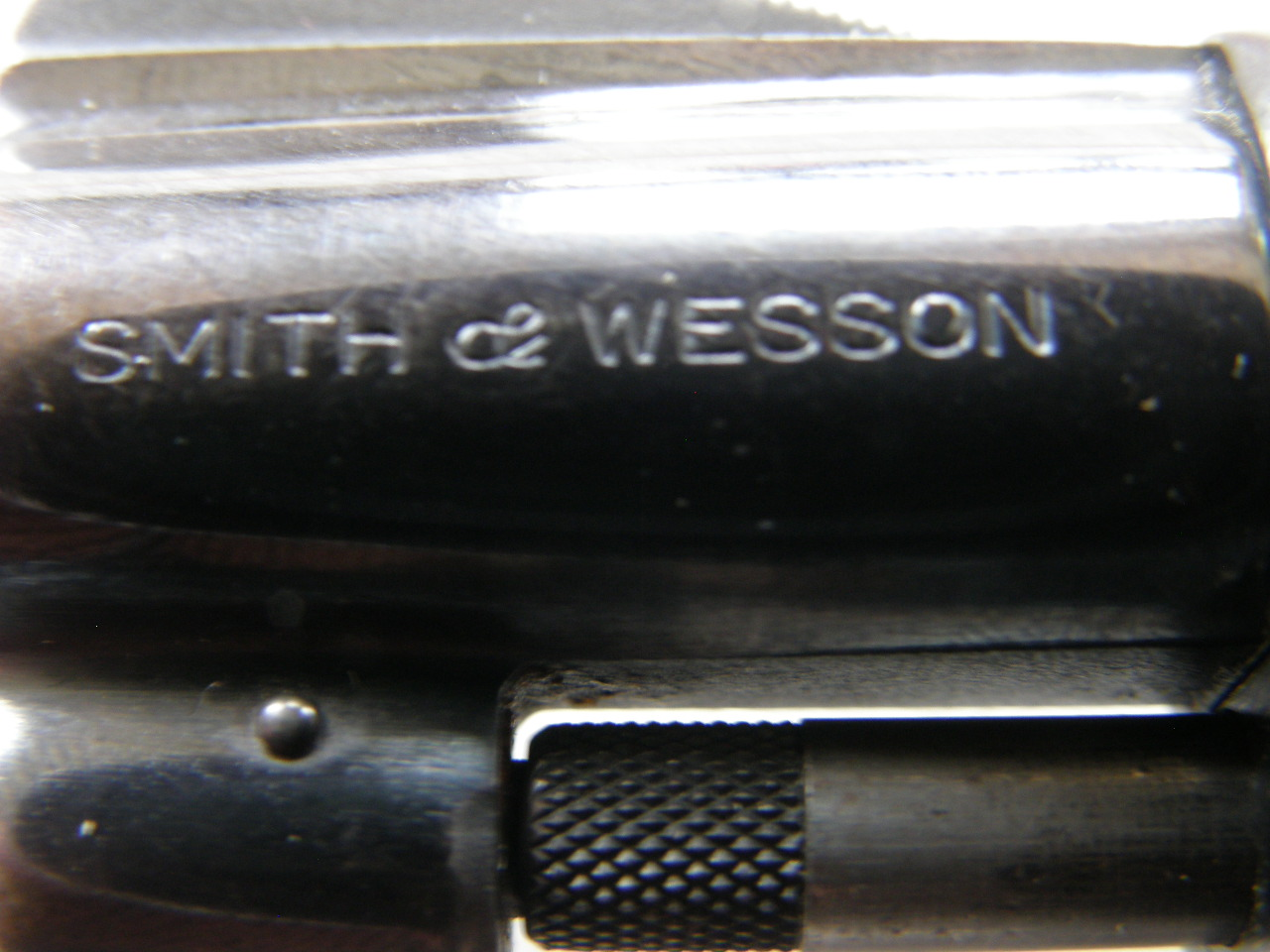 Revolver Smith Wesson Mod. 37 v.č.252578 r. 38 Sp.