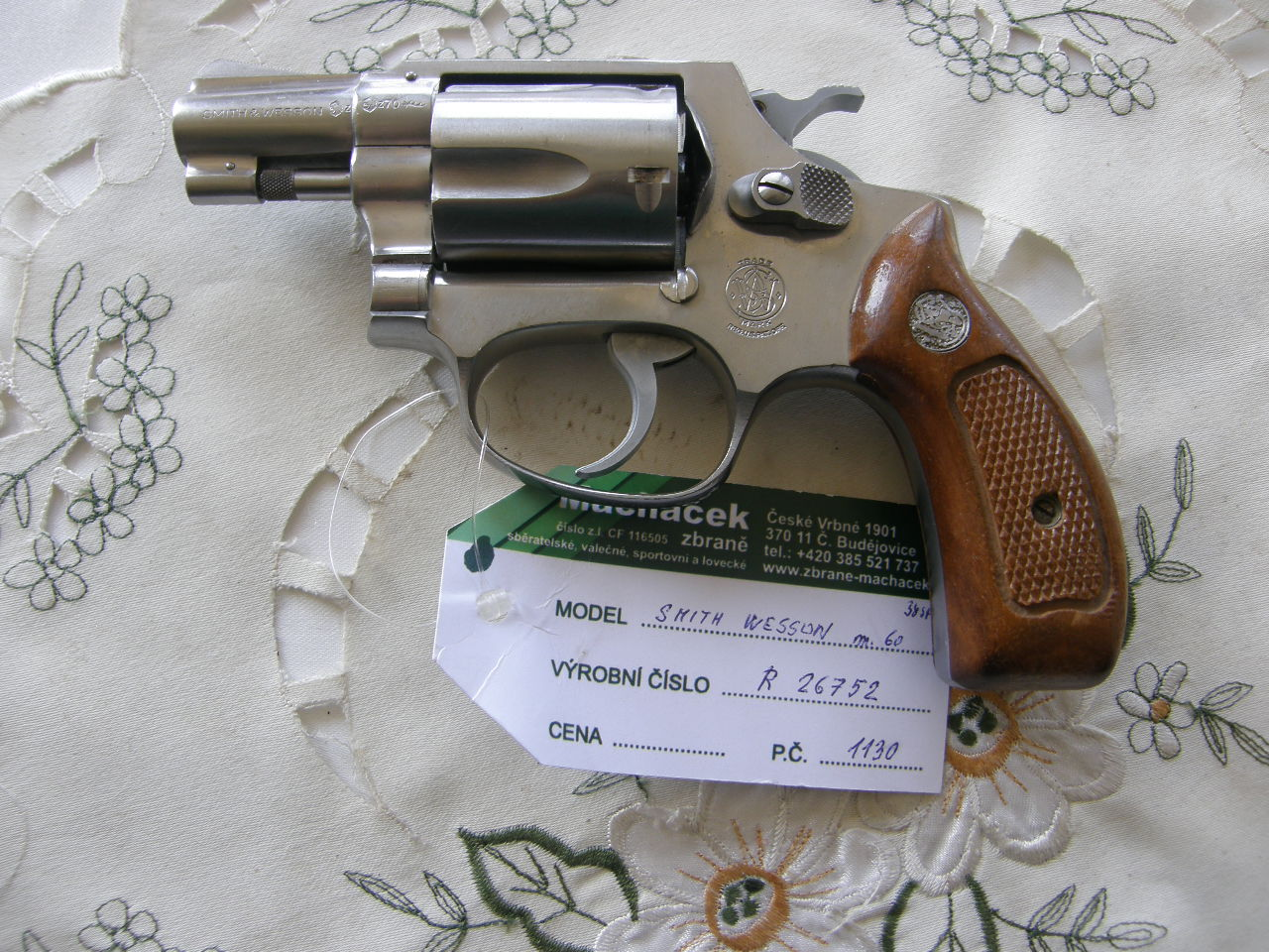 Revolver Smith Wesson Mod. 60 v.č.R 26752 r. 38 Sp.