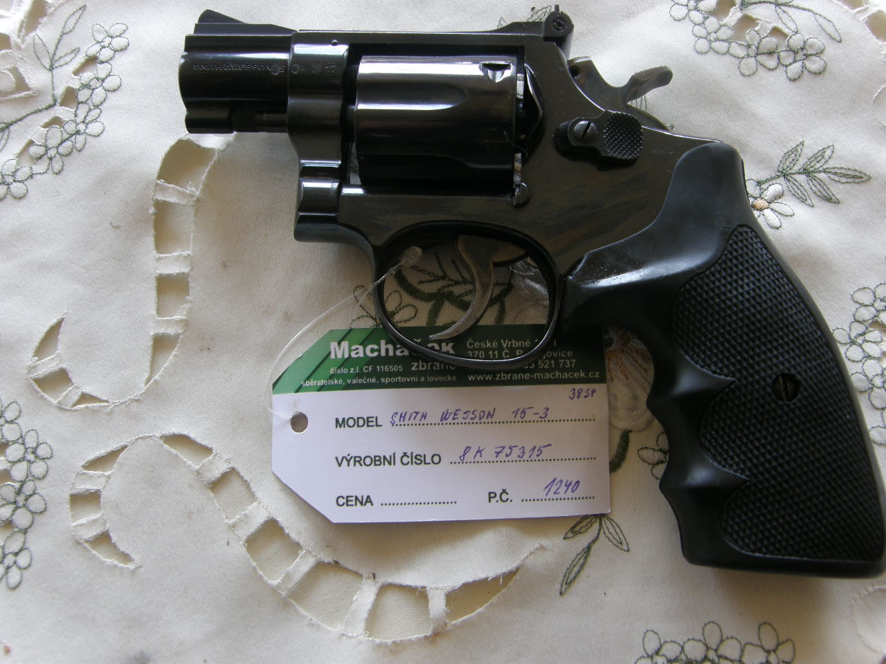 Revolver Smith Wesson Mod.15_3 v.č.8K75315 r.38 SP.