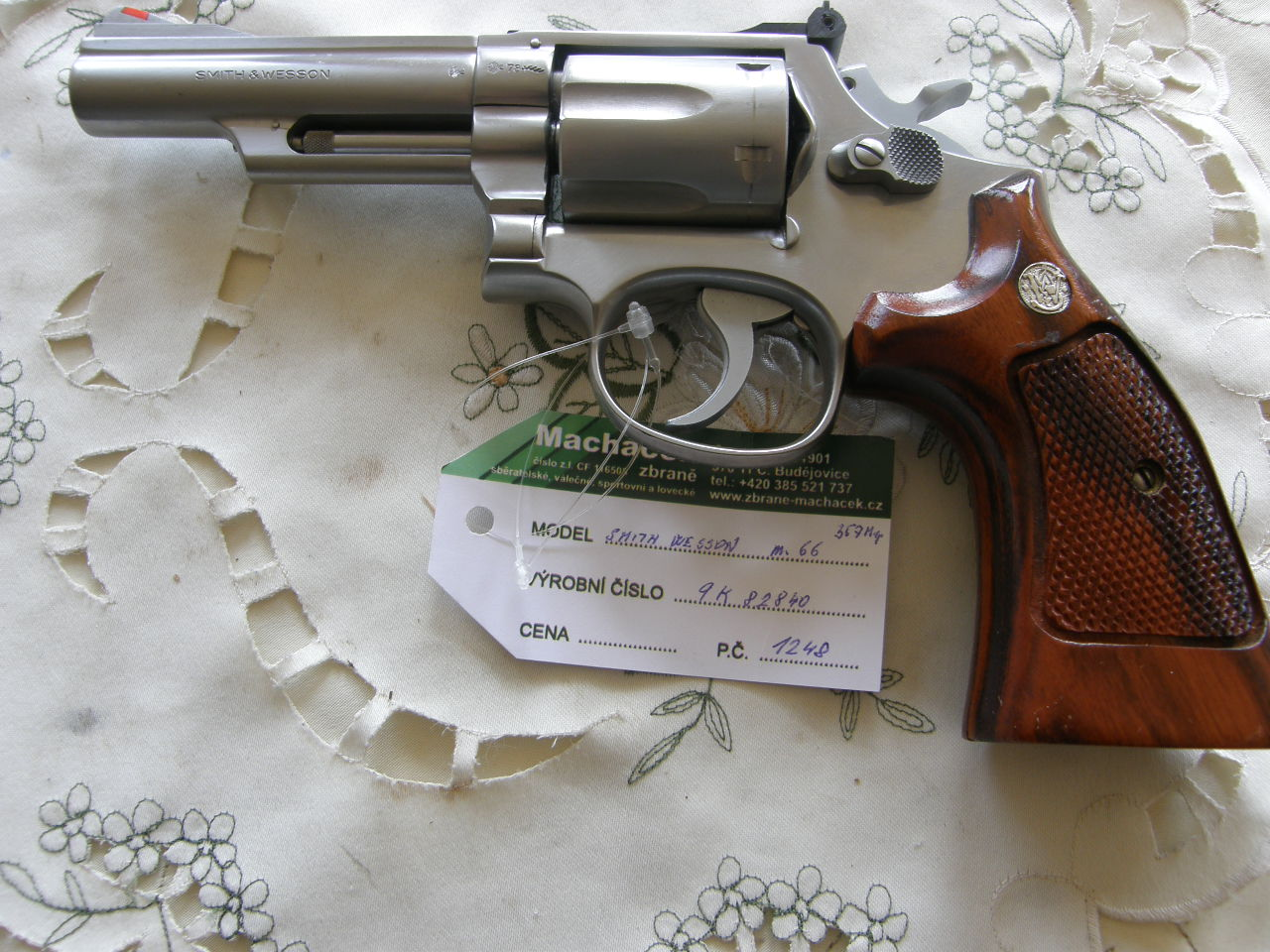 Revolver Smith Wesson Mod.66 v.č.9K82840 r.357 Mag.