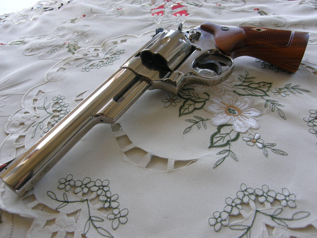 Revolver Smith Wesson Mod. 29 v.č. CLY 4934 r. 44 Mag