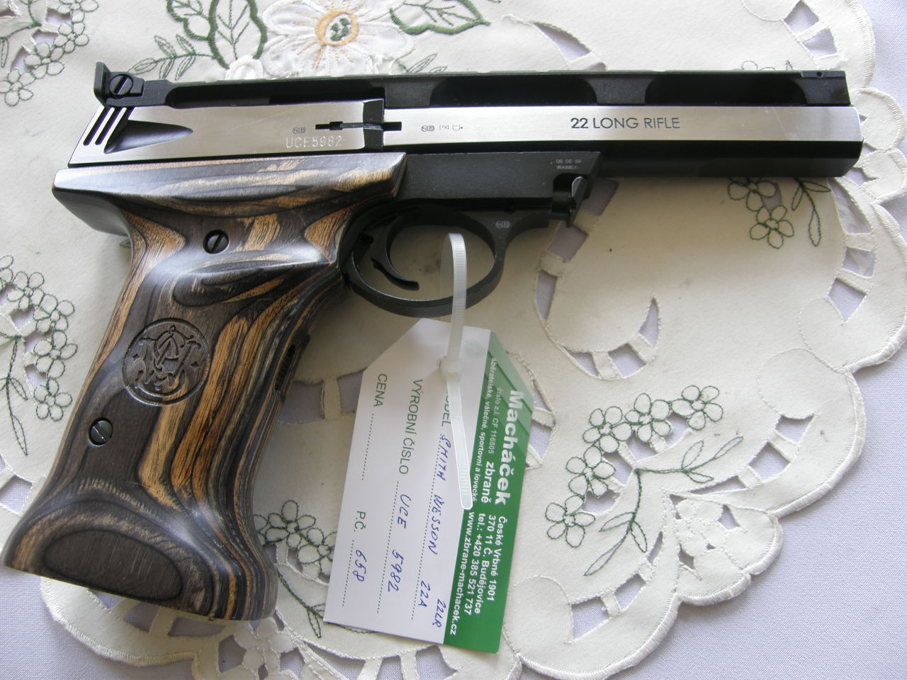 Pistole Smith Wesson Mod. 22 A-1 v.č.UCE 5982